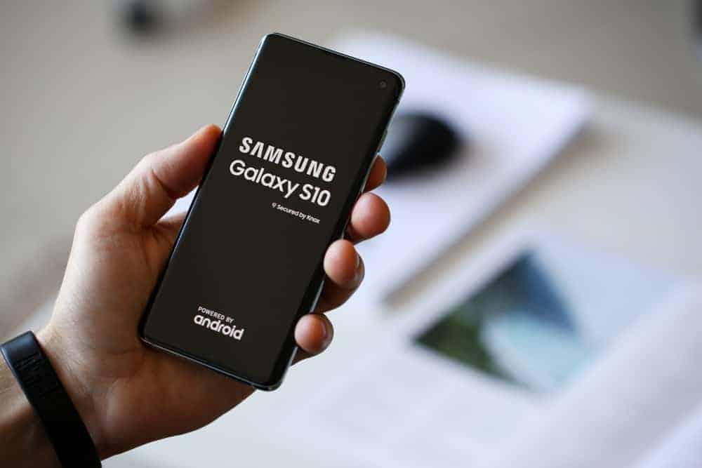 Samsung Galaxy S10 Deals 2021 - Updated Regularly - Itechguides.com
